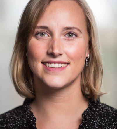 Julie_Scherpenseel